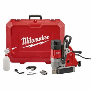 Milwaukee 1-5/8 Inch Magnetic Drill Kit